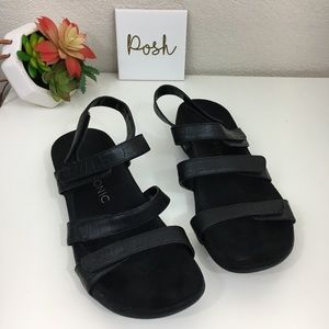 Vionic Amber black strappy leather sandals